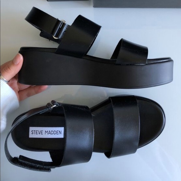 fa05d5c9d80 Steve Madden black leather Rachel sandals